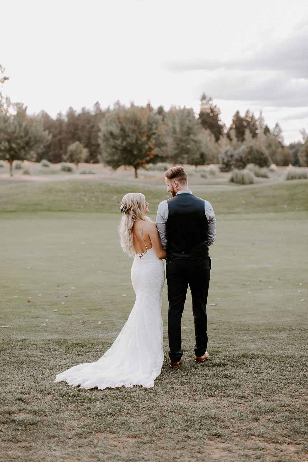 Boho-Wedding-Langdon-Farms-Wedding-Aurora-Oregon-LundynBridge-Photography-132
