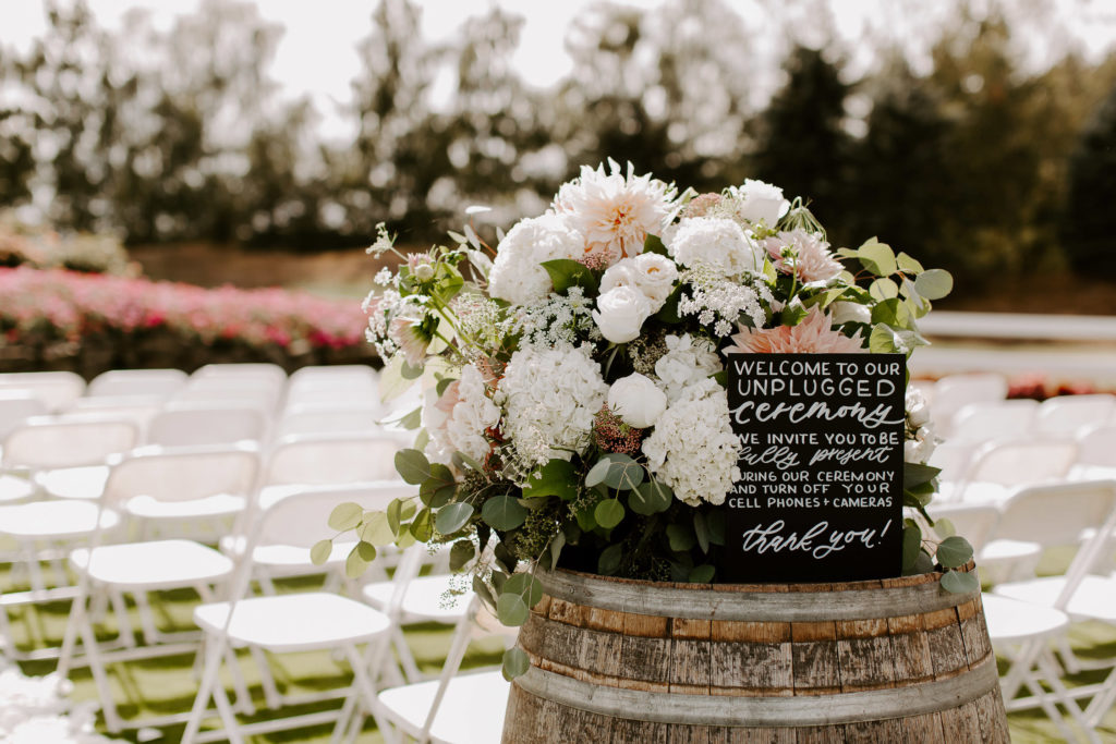 Boho-Wedding-Langdon-Farms-Wedding-Aurora-Oregon-LundynBridge-Photography-3